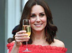 Pourquoi-Kate-Middleton-ne-porte-jamais-de-vernis-a-ongles-en-public