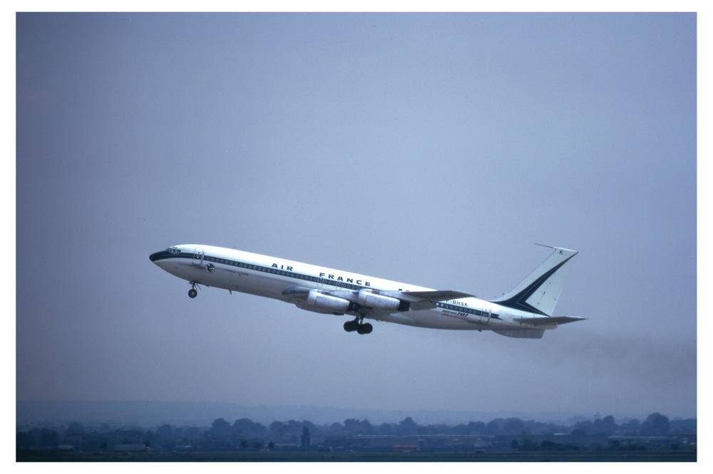 Air_France_707-328_(6060659622)